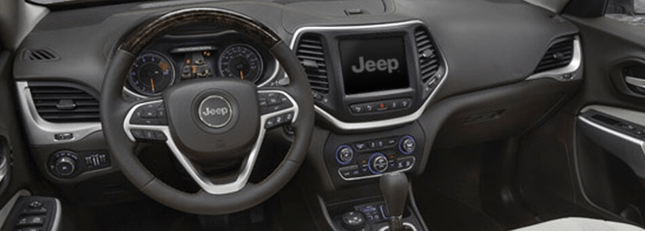 2017 Jeep Cherokee - Front Interior