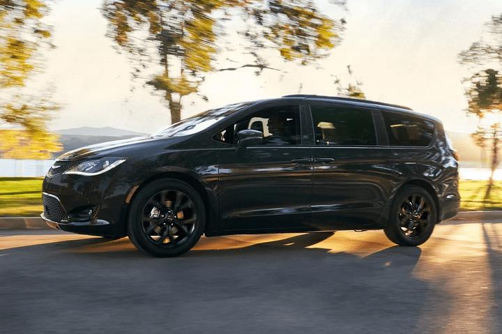 2019 Chrysler Pacifica - Classy Design