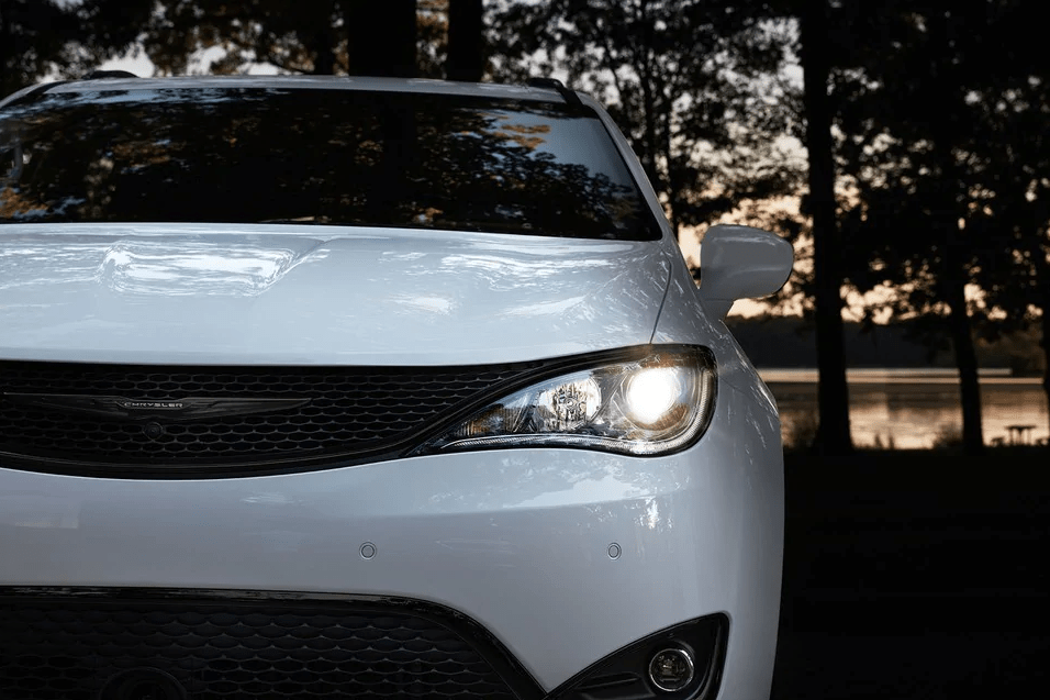 2019 Chrysler Pacifica - Front End