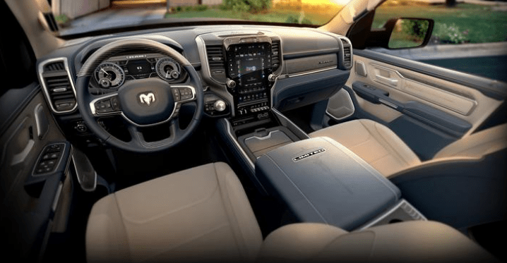 2019 RAM 1500 - Interior