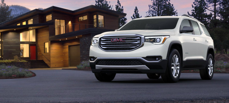 2017 GMC Acadia in White Frost Tricoat