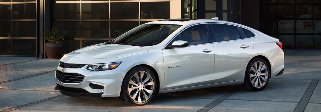 2018 Chevy Malibu standard technology features