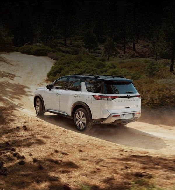 2022 Nissan Pathfinder Off-Road Performance